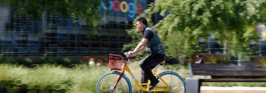 Обложка: Google хочет сократить зарплату удалённым сотрудникам