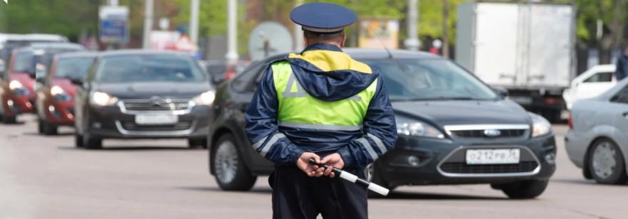Обложка: В Нижнем Новгороде нейросеть штрафует водителей за езду без включённых фар. Технология может появиться и в других городах